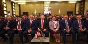 Yırcalı, Türk Diasporası buluşmasında moderatörlük yaptı
