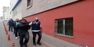 DEAŞ operasyonunda gözaltına alınan 3 kişi serbest bırakıldı