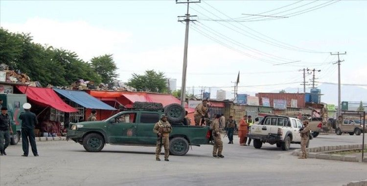 Afganistan'da cuma namazı sırasında camiye saldırı: 22 ölü
