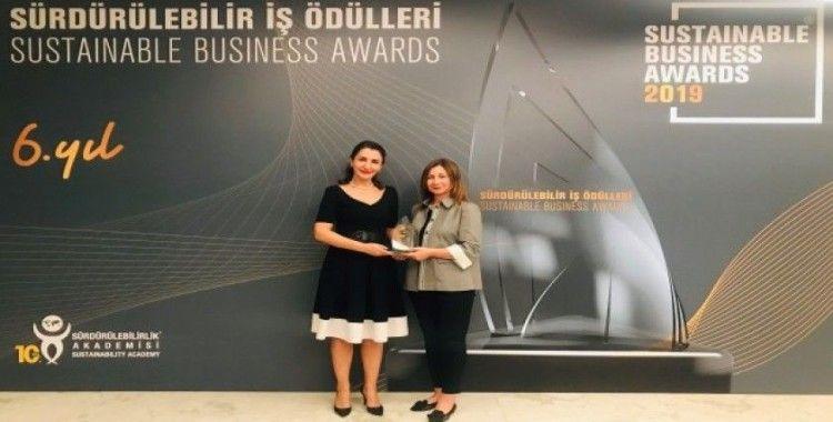"""Cam Yeniden Cam Projesi'ne """"Sosyal Etki"""" ödülü"""
