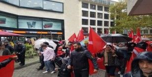 Almanya'daki Türklerden Barış Pınarı Harekatı'na destek
