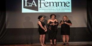 """""""Kader Postası""""na ABD'de en iyi yabancı film ödülü"""