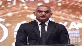 """Bakan Ersoy: """"Dizi ve filmlerimizden 350 milyon dolarlık ihracata ulaşıldı"""""""
