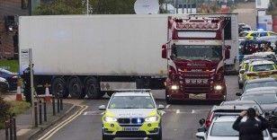 İngiltere'de içinde 39 ceset bulunan tırın sürücüsü tutuklandı