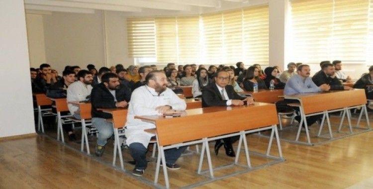 DÜ'de sivil savunma konferansı düzenlendi