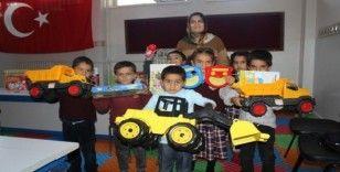 Köy çocukları ilk kez zeka oyunlarıyla buluştu