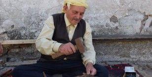 Nalbanta kızıp eline aldığı çekici 60 yıldır bırakmadı