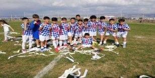 Anadolu Üniversitesi U-12 Lig şampiyonu