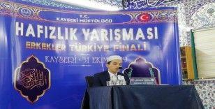 'Türkiye Erkekler Hafızlık Yarışması' finali Kayseri'de Başladı