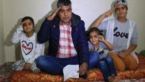 Engelli emekli maaşını Mehmetçik Vakfına bağışladı