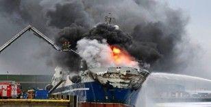 Rusya'da akaryakıt gemisinde patlama: 3 ölü
