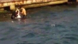Durağa daldıktan sonra denize atlayan şoför böyle kurtarıldı