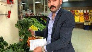 Esenyurt'ta ıspanağın satın alındığı iddia edilen marketçi konuştu