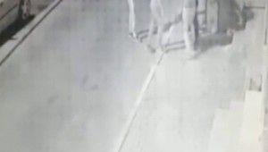 İstanbul'da dehşet saçan gaspçılar kamerada