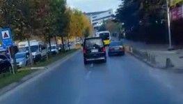 Minibüsle kaçırılan kızı yolcu dolu özel halk otobüsüyle kurtardılar