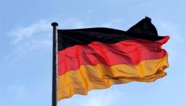 Almanya, İsrail'i bölgedeki gerginlik konusunda uyardı
