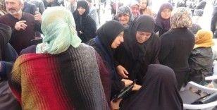Evlat nöbeti tutan ailelere İstanbul, Sakarya ve Almanya'dan destek ziyareti