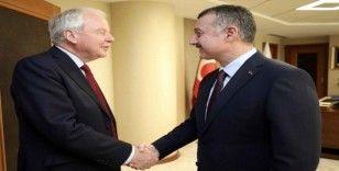 Başkan Büyükakın, Birleşik Krallık Türkiye Ticaret Elçisi Janvrin'i ağırladı