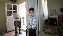Kış günü evsiz kalan aileye büyükşehir el uzattı