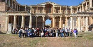Salihli'nin tarihi ve kültürel mirasına hayran kaldılar