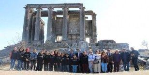 Kayserili öğrenciler Aizanoi Antik Kenti'ni ziyaret etti