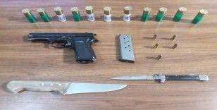 Balıkesir'de polis silaha savaş açtı