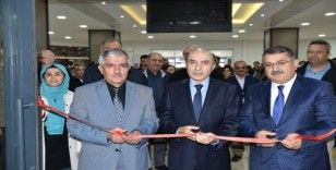 DÜ'de 'Anadolu'dan izler' temalı resim sergisi açıldı