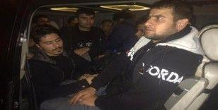 İstanbul'dan Edirne sınırına kaçarken Tekirdağ polisine yakalandılar