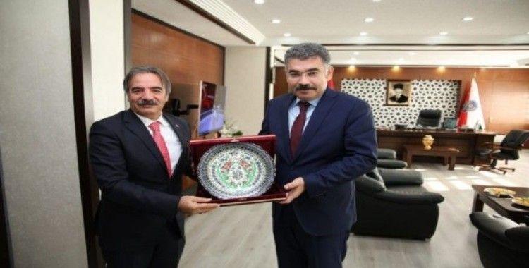 Rektör Bağlı'dan Kayseri İl Emniyet Müdürü Kamil Karabörk'e ziyaret