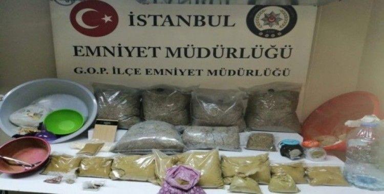 İstanbul polisinden uyuşturucu operasyonu, 22 kilo bonzai ele geçirildi
