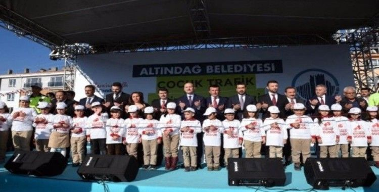 Bakan Soylu, Çocuk Trafik Eğitim Merkezi'ni açtı