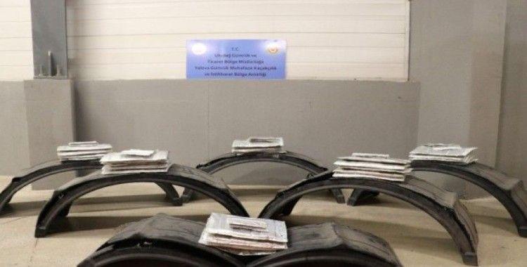 Yalova'da yaklaşık 95 kilogram afyon sakızı yakalandı