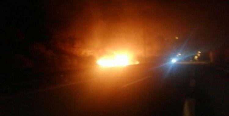 Kapıkule'de sıvı yakıt yüklü tanker alev alev yandı