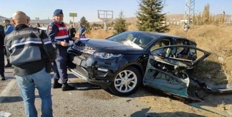 Ankara'da zincirleme trafik kazası: 6 yaralı