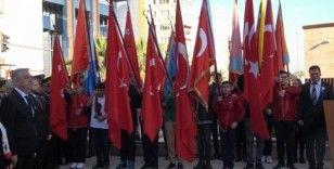 Denizli'de 10 Kasım törenleri çelen sunumuyla başladı