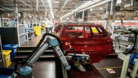SEAT'ta robot ve insan işbirliği