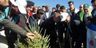 Erciş'te 5 bin fidan toprakla buluşturuldu