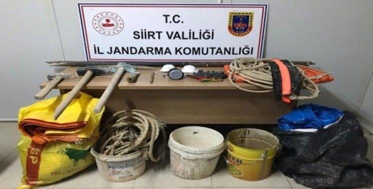 Siirt'te 'Kral mezarlığında' kazı yapan 6 kişi yakalandı