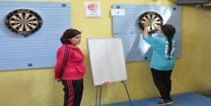 Öğretmenler dart turnuvasında yarışacak