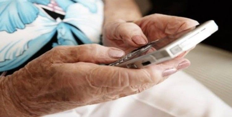 Türkiye'deki yaşlı nüfus sosyal medya kullanım rekoru kırdı