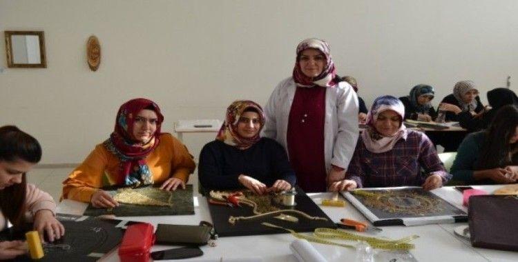 Adilcevazlı kadınlardan el sanatları kurslarına yoğun ilgi