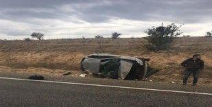 Takla atan otomobilden fırlayan genç, hayatını kaybetti