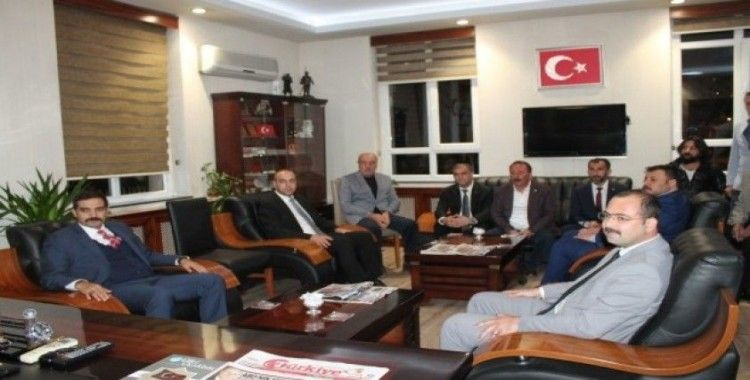 Ülkü Ocakları başkanından Tosya Belediyesine ziyaret