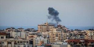 İsrail ateşkese rağmen Gazze'yi vurmaya devam ediyor