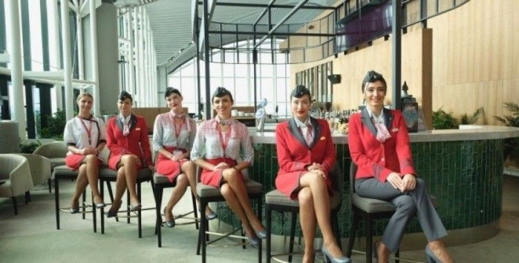 Atlasglobal Hava Yolları, yeni kabin üniformasıyla ilk kez uçtu