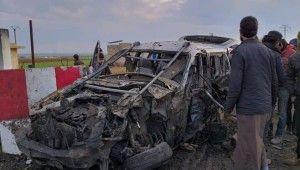 Çobanbey'de bombalı yüklü araç patladı