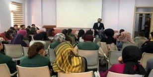 Baro Başkanı Aktürk, Otlukbeli'de öğrencilerle biraraya geldi