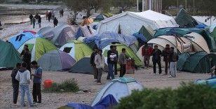 Yunanistan'da 'kapalı göçmen kampı' uygulamasına karşı istifa kararı