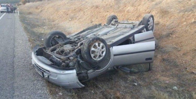 Kontrolden çıkan otomobil şarampole yuvarlandı: 1 hafif yaralı