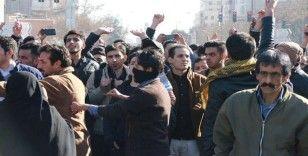 İran'da devrime bağlılık gösterisi